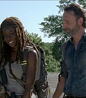TWD episode 7x12, 'Say Yes'
