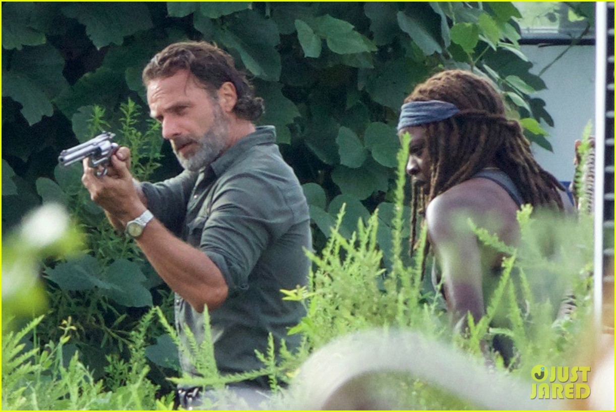 Pictures: Danai Gurira and Andrew Lincoln filming 'The Walking Dead' Season 7